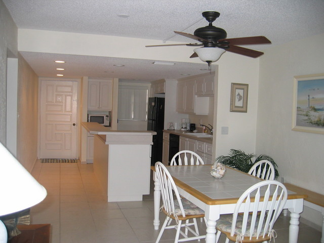 Condo.Dining.Room.To.Kitchen