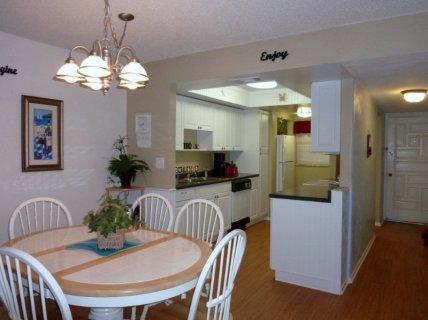 u304-1-kitchen-area
